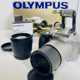 Olympus iS-200 SLR 35mm con objetivo 28-110mm